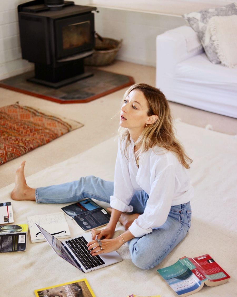 How to make a living, living with Nina Karnikowski.