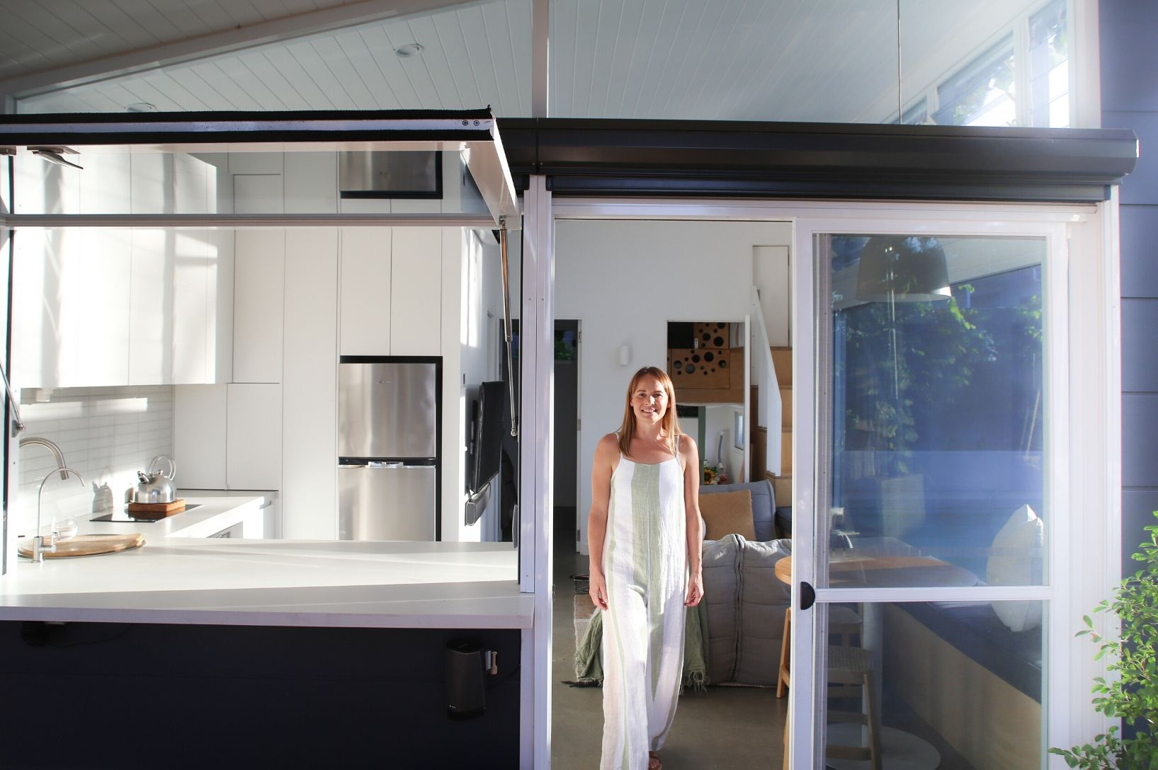From climbing the corporate ladder to creating a life of less to have more, Meet Marnie Prowse from Tiny Haus.
